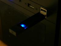 USBメモリにLinux